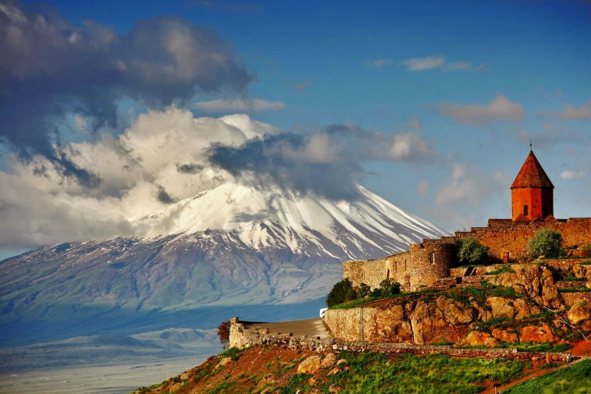 Armenian Folk Music: One of the richest musical traditions - Mara